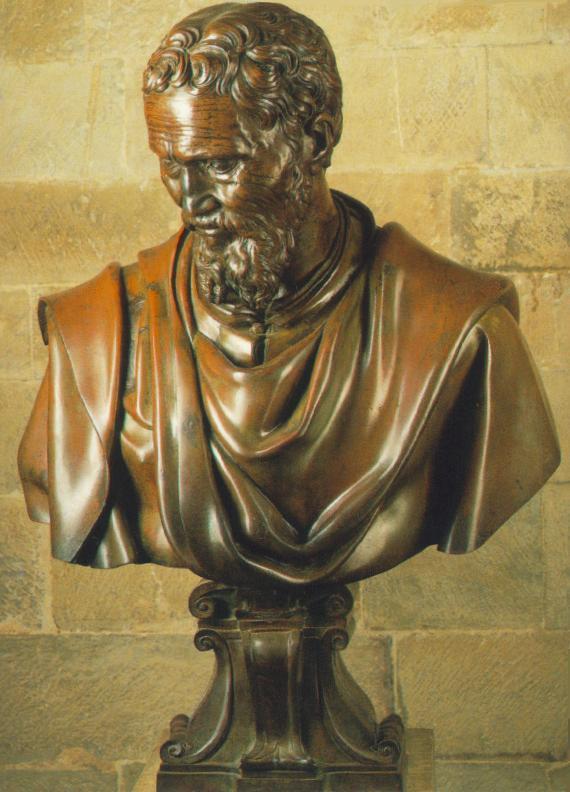 Bust of Michelangelo.