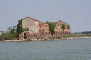 Ruins of an old church on the way to the island of Borano