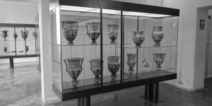 Case of Vase